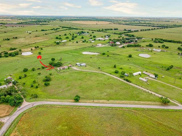 1083 County Road 2610, Krum, TX 76249 (MLS #14352096) :: Justin Bassett Realty