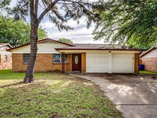 416 Marion Lane, Burleson, TX 76028 (MLS #14352206) :: The Heyl Group at Keller Williams