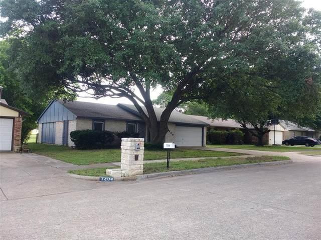 7206 Christie Lane, Dallas, TX 75249 (MLS #14352221) :: Ann Carr Real Estate