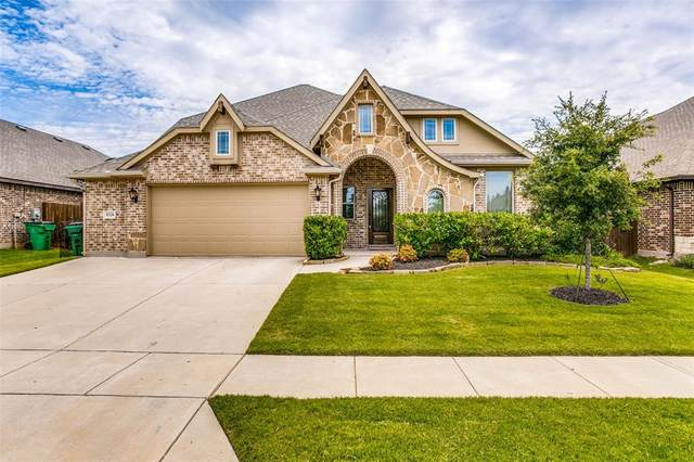 8228 Bonanza Street, Aubrey, TX 76227 (MLS #14352267) :: Baldree Home Team