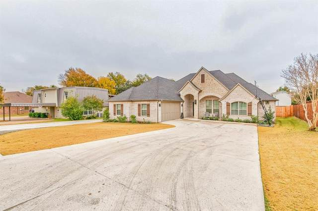 5613 Cuero Drive, Granbury, TX 76049 (MLS #14352295) :: Ann Carr Real Estate