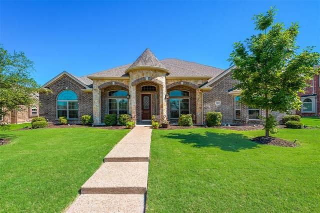 817 E Danbury Drive, Desoto, TX 75115 (MLS #14352545) :: RE/MAX Pinnacle Group REALTORS