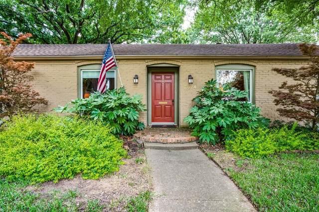 3624 Princess Lane, Dallas, TX 75229 (MLS #14352691) :: The Kimberly Davis Group