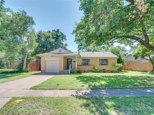 1809 Oak Tree Lane, Arlington, TX 76013 (MLS #14352951) :: Team Hodnett