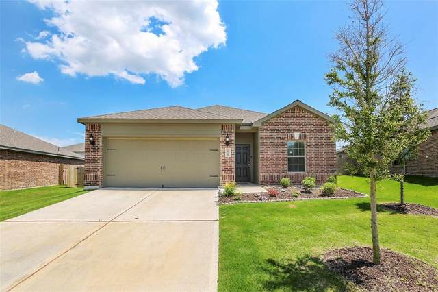 1605 Twin Hills Way, Princeton, TX 75407 (MLS #14352986) :: The Welch Team