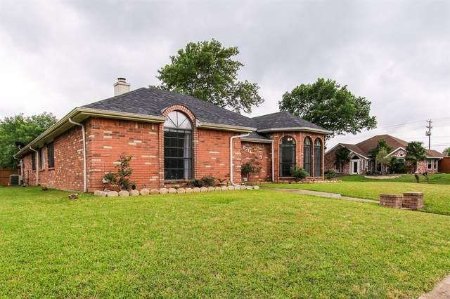 8714 Doliver Drive, Rowlett, TX 75088 (MLS #14353013) :: Century 21 Judge Fite Company