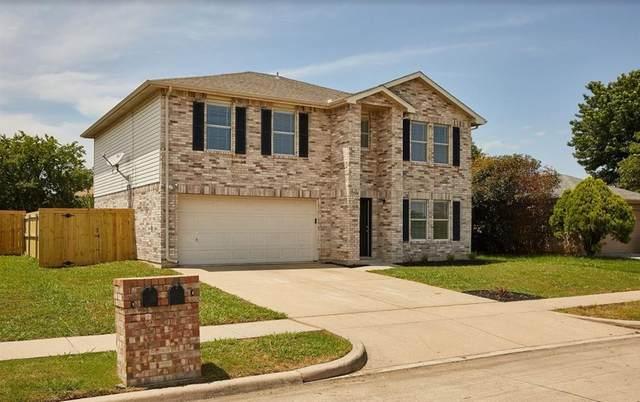 7904 Modesto Drive, Arlington, TX 76001 (MLS #14353024) :: Team Hodnett