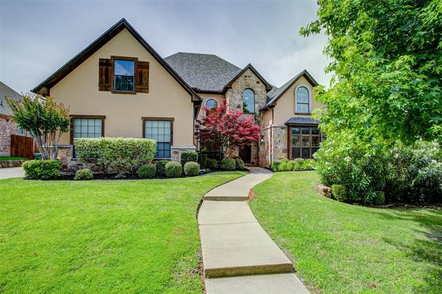 621 Highview Lane, Hurst, TX 76054 (MLS #14353159) :: Tenesha Lusk Realty Group