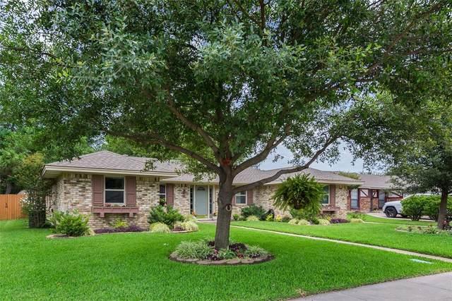 2127 Southmoor Drive, Carrollton, TX 75006 (MLS #14353278) :: Century 21 Judge Fite Company