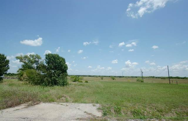 307 Christi Lane, Southmayd, TX 76268 (MLS #14353280) :: Team Hodnett