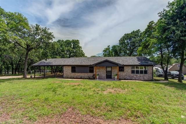 1513 Tanglewood Drive, Azle, TX 76020 (MLS #14353371) :: The Good Home Team