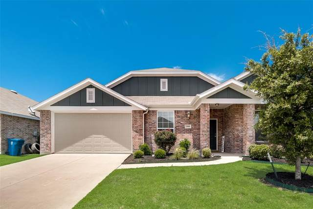 2008 Enchanted Rock Drive, Forney, TX 75126 (MLS #14353403) :: Team Tiller