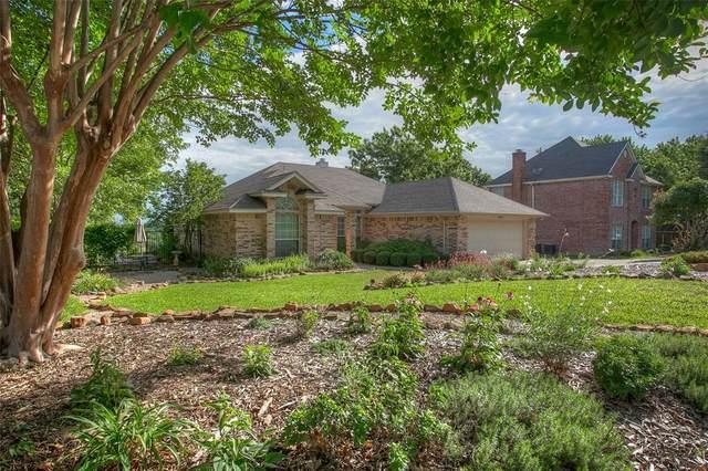 10304 Gray Oak Lane, Fort Worth, TX 76108 (MLS #14353605) :: The Hornburg Real Estate Group