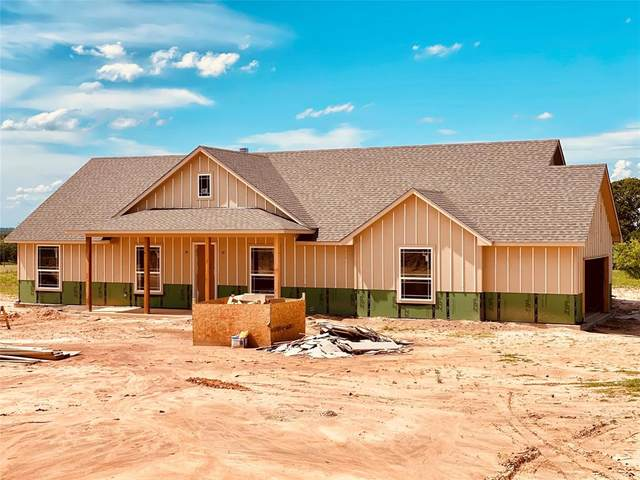 125 County Road 3594, Boyd, TX 76023 (MLS #14353660) :: Ann Carr Real Estate