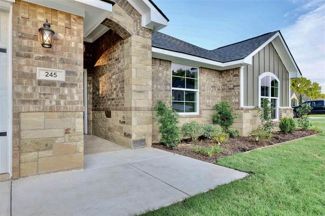 245 Heritage Court, Lindale, TX 75771 (MLS #14353785) :: The Mauelshagen Group