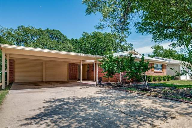 1008 Russell Lane, Bedford, TX 76022 (MLS #14353839) :: The Chad Smith Team