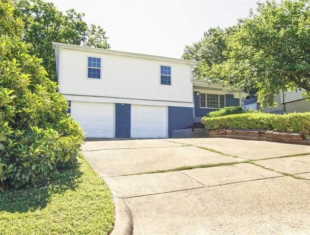 725 Pemberton Drive, White Settlement, TX 76108 (MLS #14353840) :: The Mauelshagen Group
