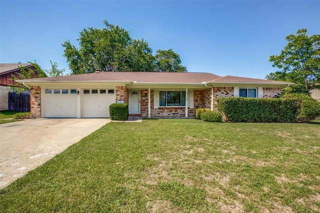 3804 Wayland Drive, Fort Worth, TX 76133 (MLS #14353918) :: Frankie Arthur Real Estate