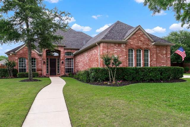 5200 Bayberry Street, Flower Mound, TX 75028 (MLS #14354125) :: HergGroup Dallas-Fort Worth