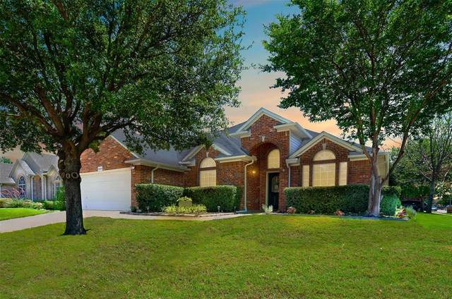 8504 Emerald Trace Way, Fort Worth, TX 76244 (MLS #14354162) :: Tenesha Lusk Realty Group