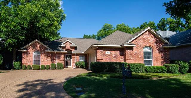 1007 Village Green Court, Arlington, TX 76012 (MLS #14354252) :: Baldree Home Team
