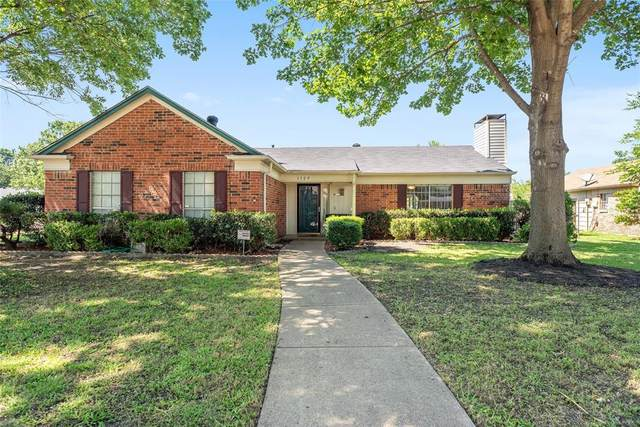 1129 Melissa Lane, Garland, TX 75040 (MLS #14354342) :: The Kimberly Davis Group