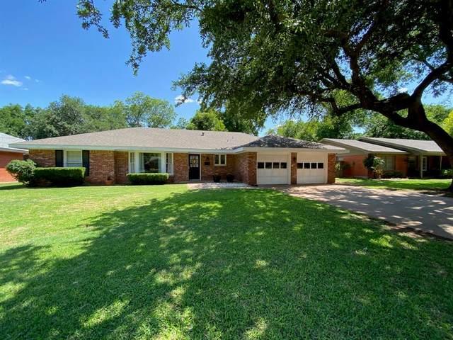 2225 River Oaks Circle, Abilene, TX 79605 (MLS #14354590) :: The Tierny Jordan Network