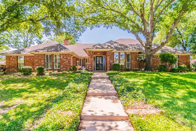 7013 Tumbling Trail, Fort Worth, TX 76116 (MLS #14354635) :: Potts Realty Group