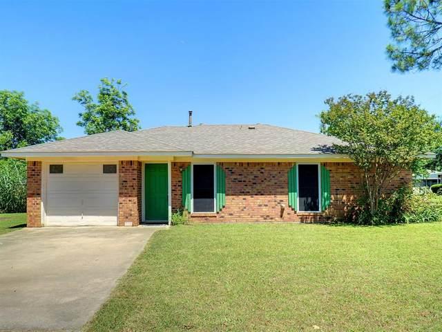 312 Denton Street, Sanger, TX 76266 (MLS #14354656) :: Trinity Premier Properties