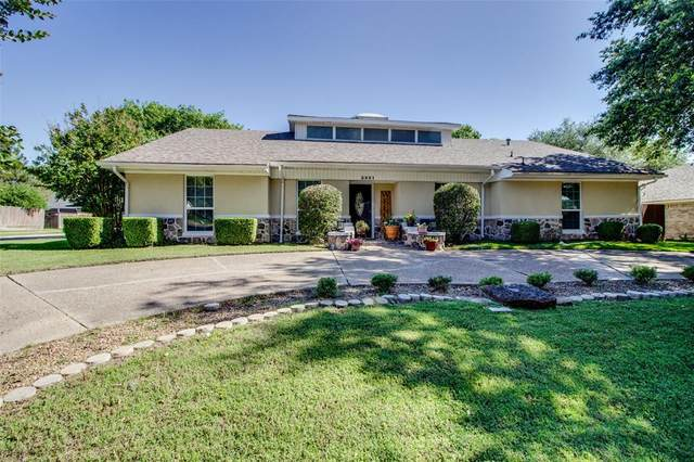 3321 Brookshire Drive, Plano, TX 75075 (MLS #14354983) :: The Kimberly Davis Group
