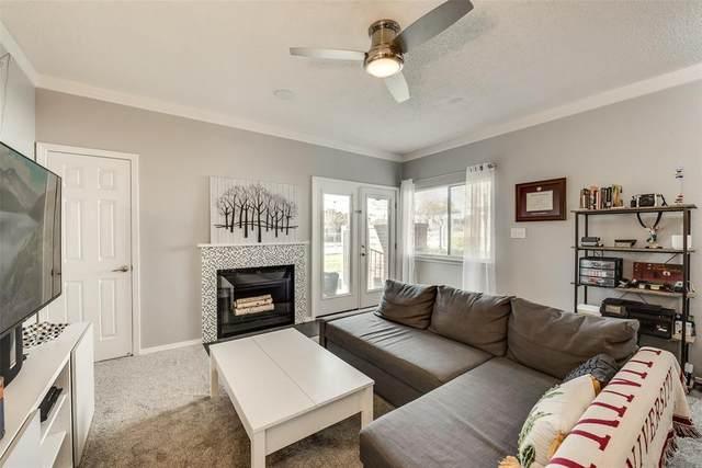 3121 Sondra Drive #102, Fort Worth, TX 76107 (MLS #14355003) :: Keller Williams Realty