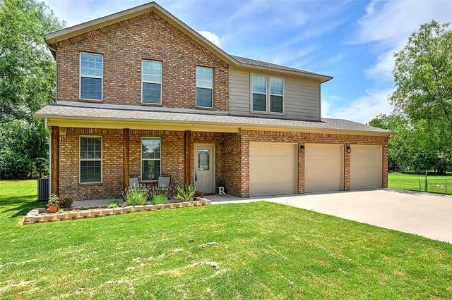 130 High Country Road, Sherman, TX 75092 (MLS #14355034) :: Tenesha Lusk Realty Group