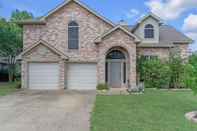 132 Overbrook Drive, Rockwall, TX 75032 (MLS #14355251) :: The Heyl Group at Keller Williams