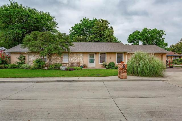 9 Westglen Place, Plano, TX 75074 (MLS #14355259) :: Post Oak Realty