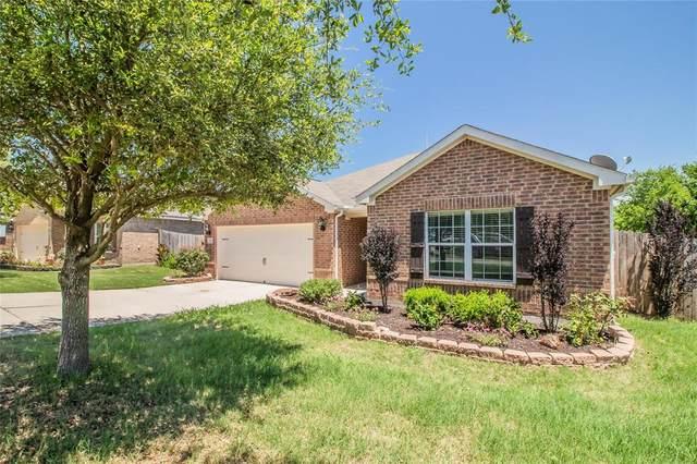 131 Drover Ridge Drive, Newark, TX 76071 (MLS #14355726) :: Team Hodnett