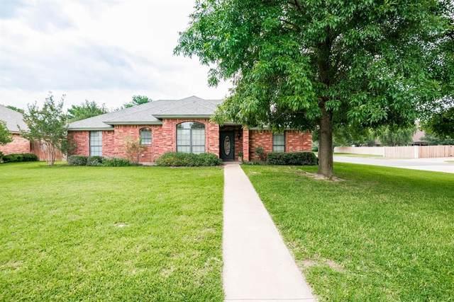 688 Bluebonnet Street, Stephenville, TX 76401 (MLS #14355740) :: Tenesha Lusk Realty Group