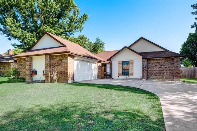 9932 Plainfield Drive, Fort Worth, TX 76108 (MLS #14355769) :: Tenesha Lusk Realty Group