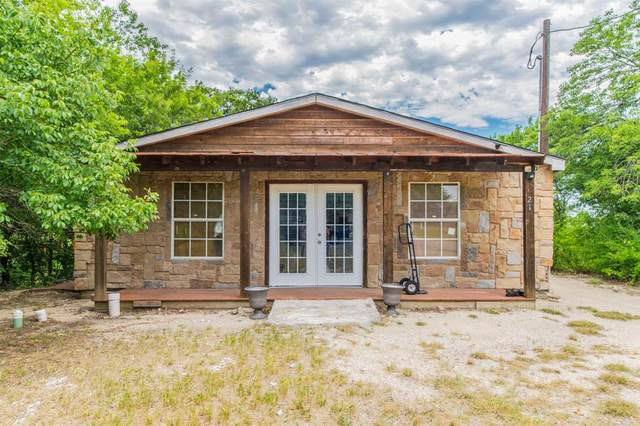 21 Never Mind Drive, Gainesville, TX 76240 (MLS #14355940) :: Trinity Premier Properties