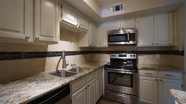 2301 Balsam Drive M107, Arlington, TX 76006 (MLS #14355975) :: Keller Williams Realty