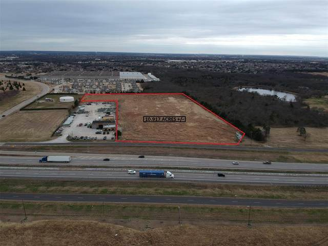 304 Us Highway 80 E, Sunnyvale, TX 75182 (MLS #14356000) :: Tenesha Lusk Realty Group