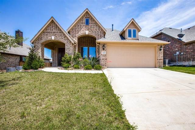 1029 Rustic Oak Way, Burleson, TX 76028 (MLS #14356059) :: All Cities USA Realty