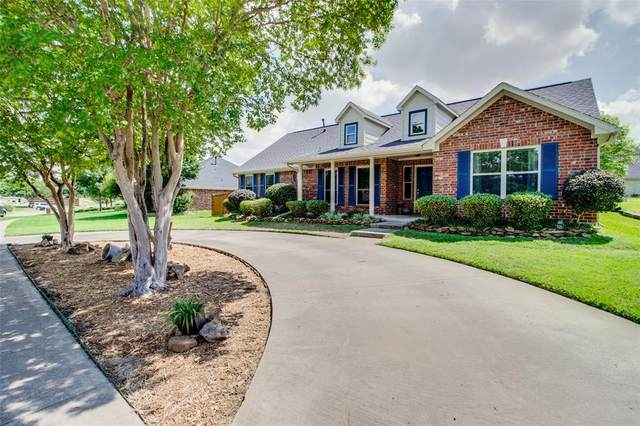 1002 Lakeway Drive, Ennis, TX 75119 (MLS #14356174) :: All Cities USA Realty