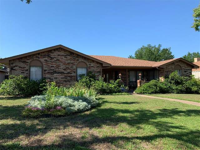 3066 Kinkaid Drive, Dallas, TX 75220 (MLS #14356192) :: Team Hodnett