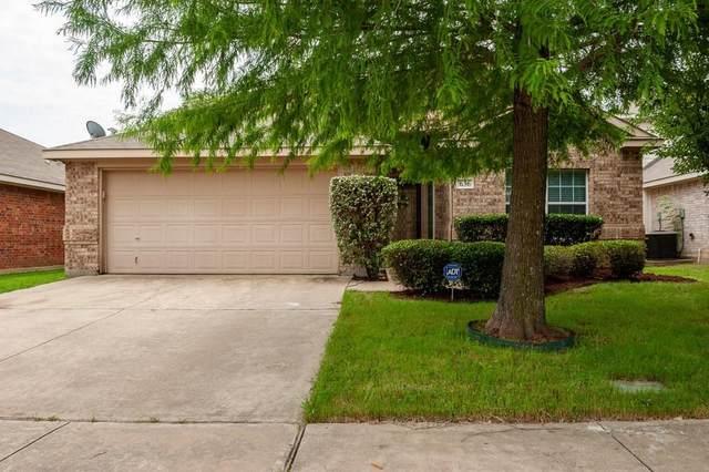 636 Nemitz Street, Crowley, TX 76036 (MLS #14356250) :: Century 21 Judge Fite Company