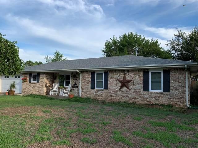 1509 Linda Street, Bowie, TX 76230 (MLS #14356314) :: The Welch Team