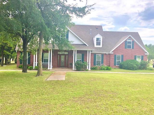 1977 County Road 1370, Alvord, TX 76225 (MLS #14356587) :: The Welch Team