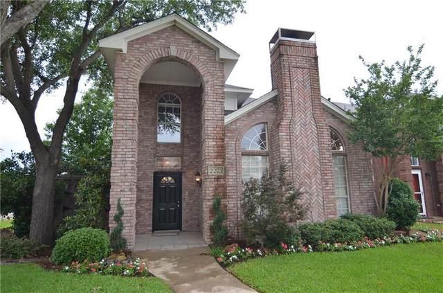 2203 Meadowstone Drive, Carrollton, TX 75006 (MLS #14356774) :: Tenesha Lusk Realty Group