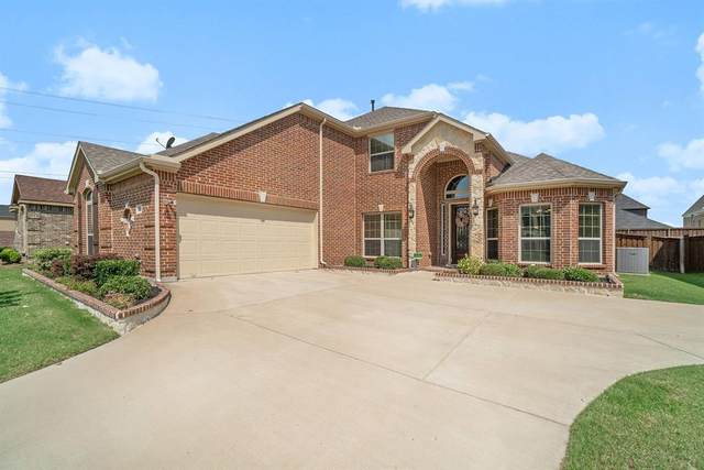 2936 Arenoso, Grand Prairie, TX 75054 (MLS #14357019) :: The Chad Smith Team