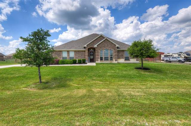 168 Heather Lane, Decatur, TX 76234 (MLS #14357165) :: The Welch Team