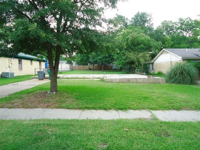 1725 N Highland Avenue, Sherman, TX 75092 (MLS #14357202) :: Keller Williams Realty